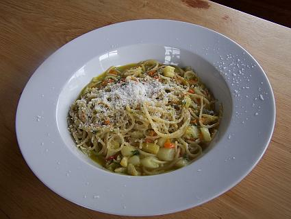 Spargel-Spaghetti-Gemuese
